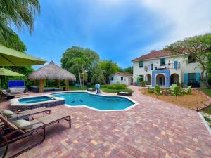 19 E Ocean Avenue, Ocean Ridge, FL 33435