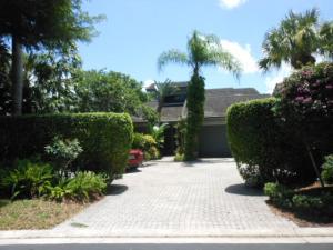 7568 Rexford Road, Boca Raton, FL 33434