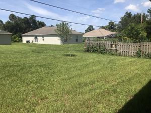 1549 Sw Del Rio Boulevard, Port Saint Lucie, FL 34953