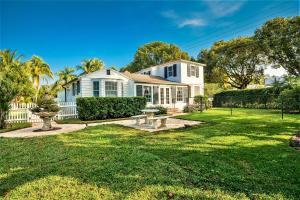 800 Claremore Drive, West Palm Beach, FL 33401