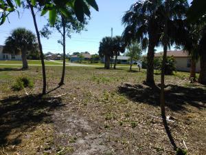 1988 Se Mandrake Circle, Port Saint Lucie, FL 34952