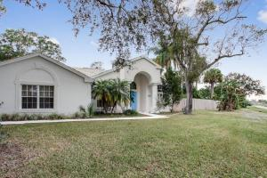 2302 Sw Ivory Road, Port Saint Lucie, FL 34953