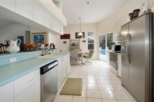 2302 Sw Ivory Road, Port Saint Lucie, FL 34953