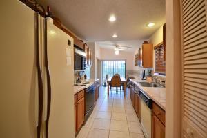 10271 Sunset Bend Drive, Boca Raton, FL 33428