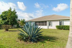 3051 Se Wake Road, Port Saint Lucie, FL 34984