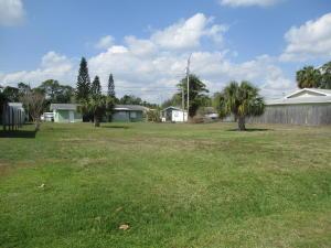 414 Willows Avenue, Port Saint Lucie, FL 34952