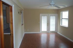 965 Se Lansdowne Avenue, Port Saint Lucie, FL 34983