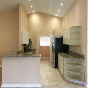 649 Se Stow Terrace, Port Saint Lucie, FL 34984