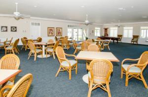 14 Harbour Isle W Drive, Fort Pierce, FL 34949