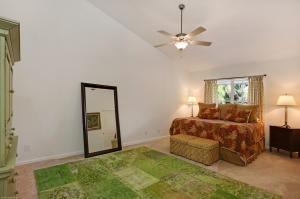21 Coconut Lane, Ocean Ridge, FL 33435