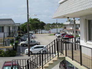 3280 Cynthia Lane, Lake Worth, FL 33461