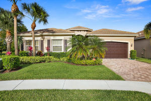 9692 Dovetree Isle Drive, Boynton Beach, FL 33473
