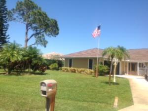 2621 Se Hamden Road, Port Saint Lucie, FL 34952