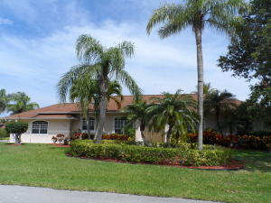 122 Queen Eugenia Court, Hutchinson Island, FL 34949