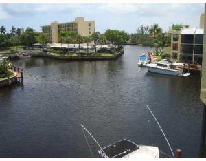 1 Royal Palm Way, Boca Raton, FL 33432
