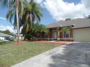 1269 Sw Aragon Avenue, Port Saint Lucie, FL 34953