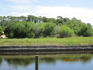 2020 Sw Villanova Road, Port Saint Lucie, FL 34953