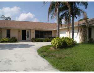 1229 Sw Malaga Avenue, Port Saint Lucie, FL 34953
