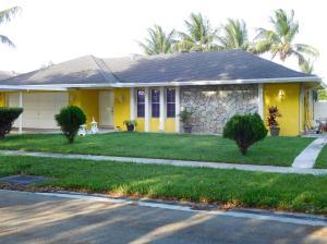 904 Flamango Lake W Drive, West Palm Beach, FL 33406