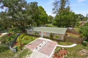 4089 Lakewood Road, Lake Worth, FL 33461