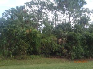 5302 Seagrape Drive, Fort Pierce, FL 34982