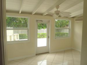 314 Russlyn Drive, West Palm Beach, FL 33405