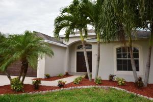 2370 Nw Tulip Way, Jensen Beach, FL 34957