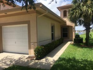 1825 E Sanderling Lane, Fort Pierce, FL 34982