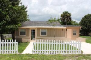 1919 N 50th Street, Fort Pierce, FL 34947