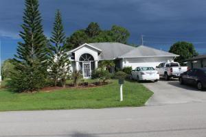 207 Sw Ridgecrest Drive, Port Saint Lucie, FL 34953