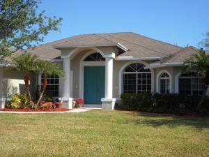 1161 Se Cambridge Drive, Port Saint Lucie, FL 34952