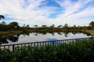 9826 Se Sandpine Lane, Hobe Sound, FL 33455