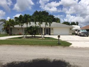 107 Queens Lane, Royal Palm Beach, FL 33411