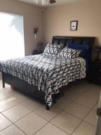 1698 Se Gainswood Court, Port Saint Lucie, FL 34952