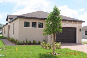 132 Se Via Visconti, Port Saint Lucie, FL 34952