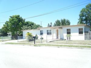2110 Avenue G, Fort Pierce, FL 34950