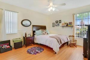 5422 Alta Way, Lake Worth, FL 33467