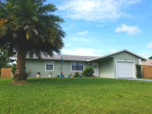 220 Sw Crescent Avenue, Port Saint Lucie, FL 34984