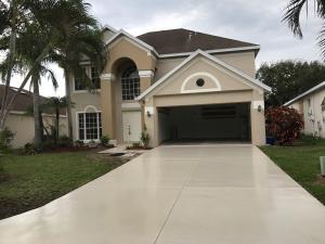 804 Nw Waterlily Place, Jensen Beach, FL 34957