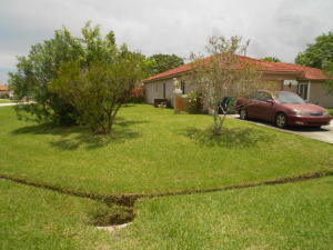 2698 Se Bikas Lane, Port Saint Lucie, FL 34952