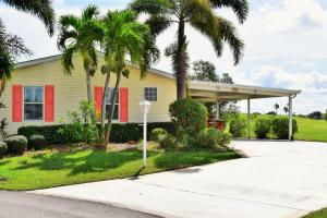 8133 9th Hole Drive, Port Saint Lucie, FL 34952