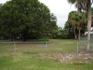 4966 Deanna Lane, Fort Pierce, FL 34950