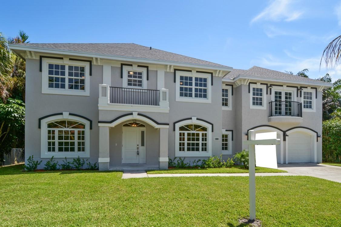 200 Avila Road, West Palm Beach, FL 33405