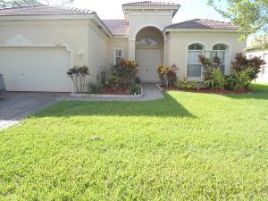5427 Place Lake Drive, Fort Pierce, FL 34951