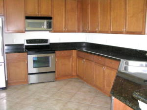 5606 Place Lake Drive, Fort Pierce, FL 34951