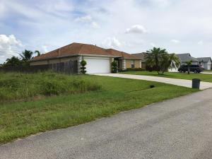 525 Sw Fifer Avenue, Port Saint Lucie, FL 34953