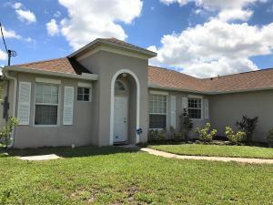 1933 Sw Hampshire Lane, Port Saint Lucie, FL 34983