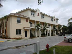 1920 Via Granada, Boynton Beach, FL 33426