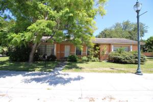 202 S 10th Street, Fort Pierce, FL 34950