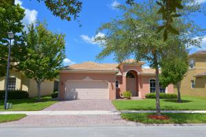 5715 Place Lake Drive, Fort Pierce, FL 34951